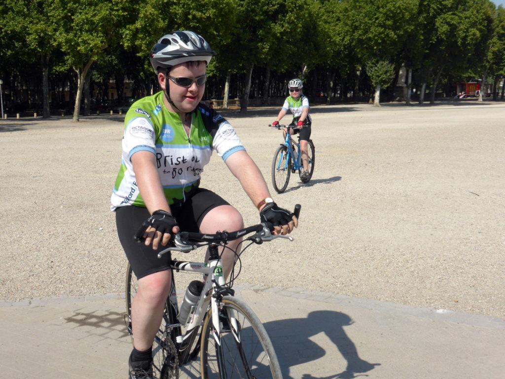 Bordeaux 2015 PROPS : le 1er cycliste arrive